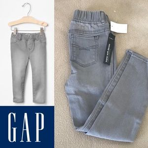 (NWT) Gap Super Soft Jeggings - 5 Years